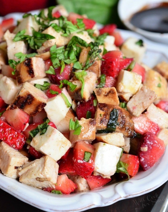 Balsamic-Strawberry-Chicken-Salad